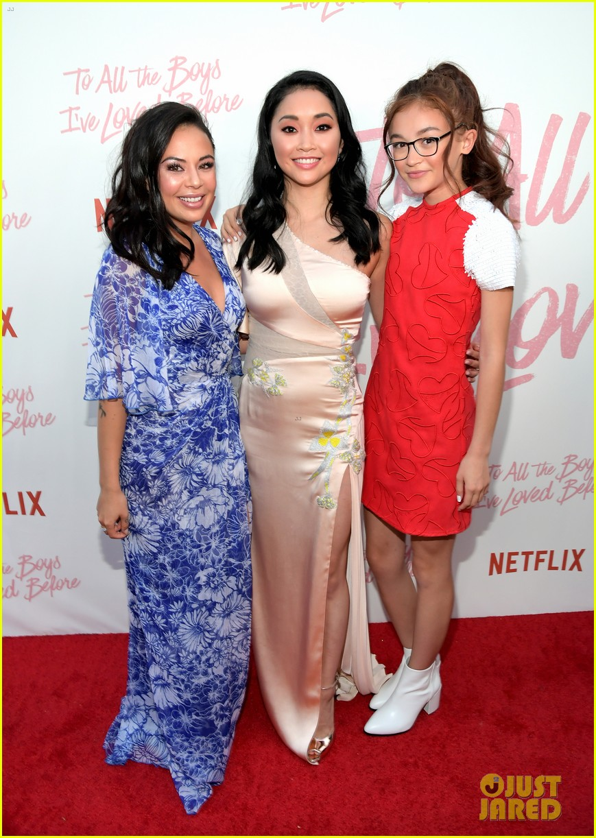netflixs to all the boys ive loved before cast attends premiere 02