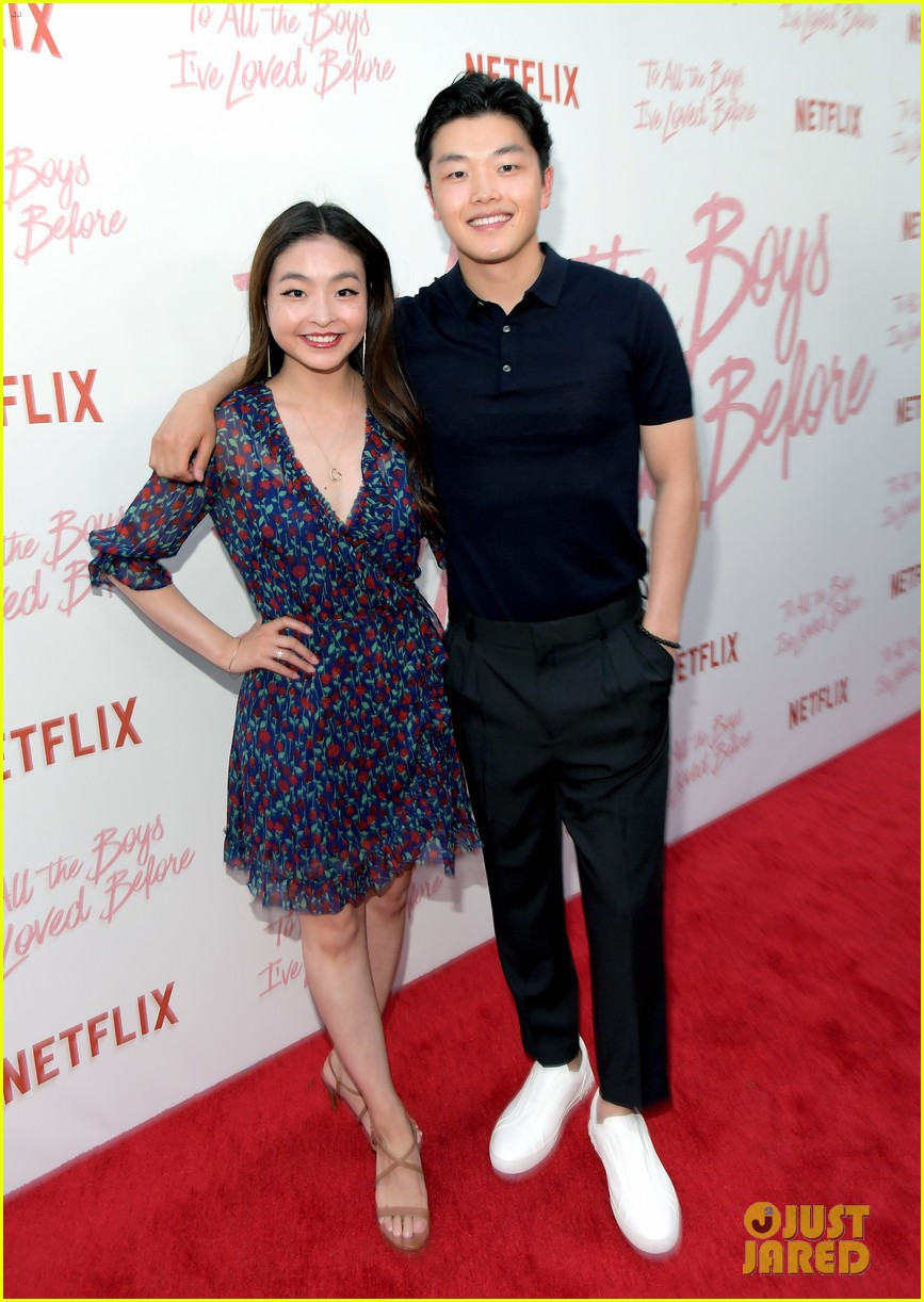 netflixs to all the boys ive loved before cast attends premiere 05