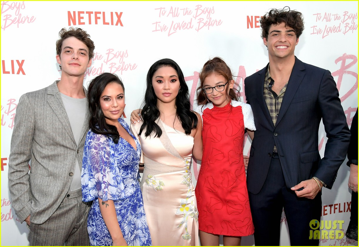 netflixs to all the boys ive loved before cast attends premiere 47