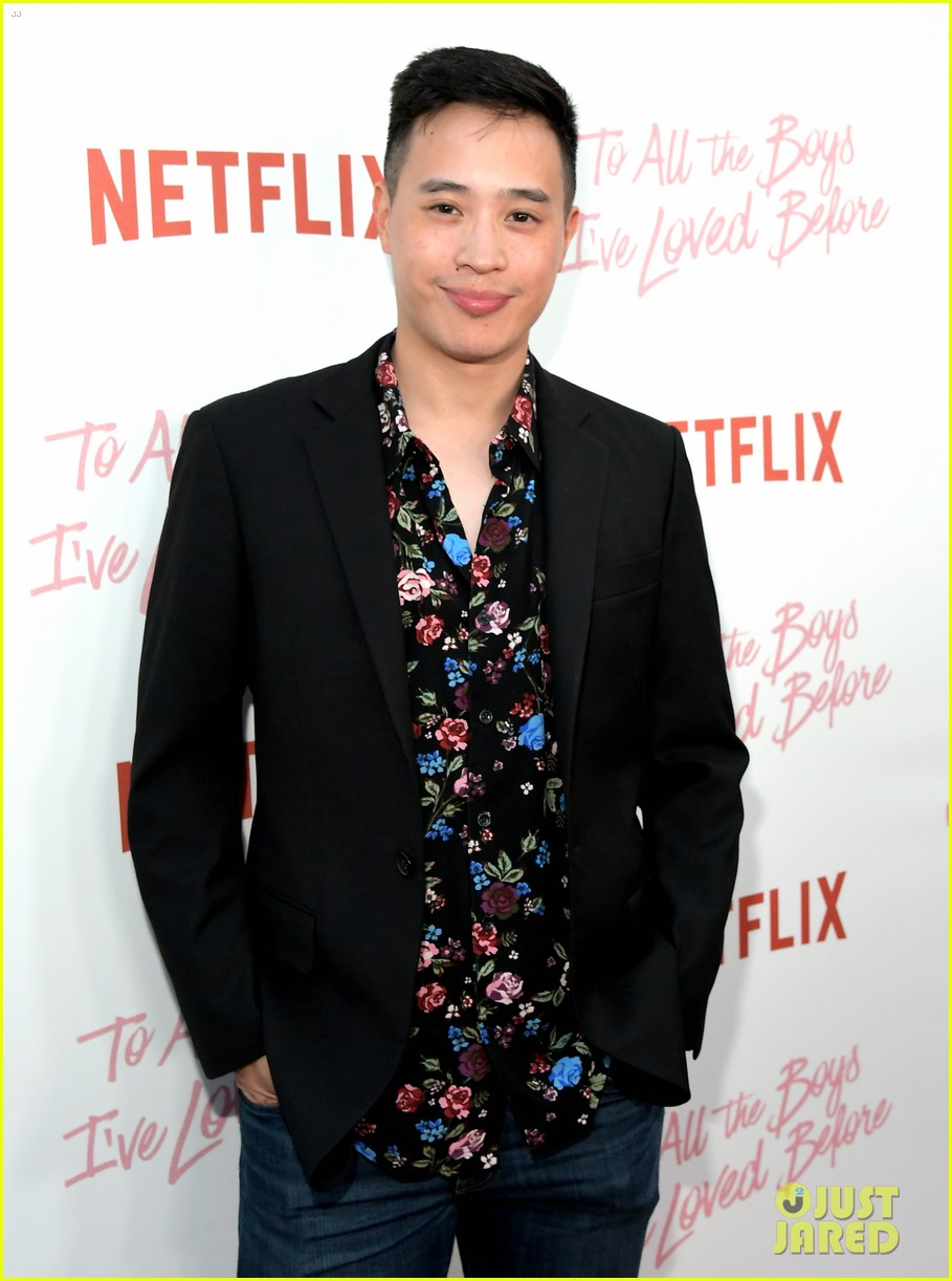 netflixs to all the boys ive loved before cast attends premiere 52