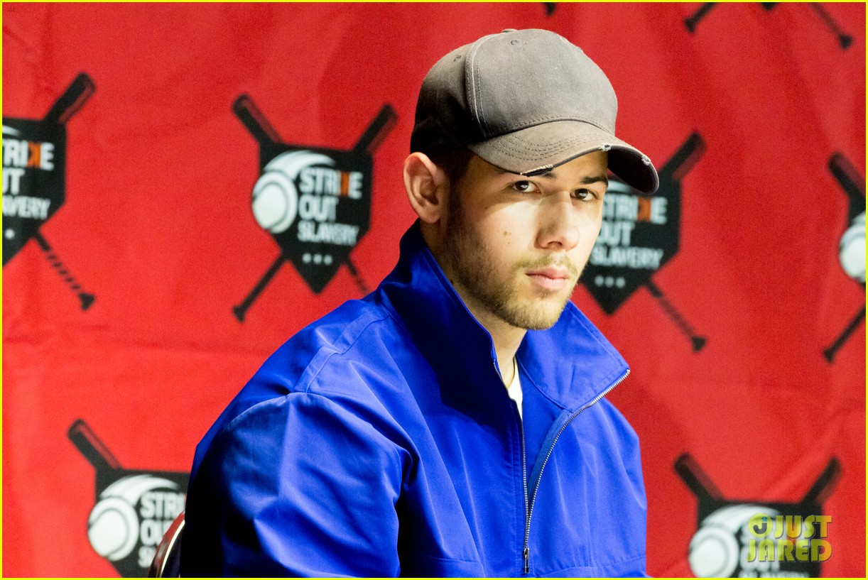 nick jonas helps strike out slavery at press conference ahead of concert 10