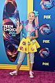 jojo siwa wears desserts on her skirt at teen choice awards 2018 05