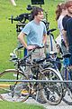 stranger things set photos millie bobby brown 03