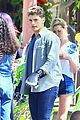 gregg sulkin uses his superpower gloves on runaways set 04