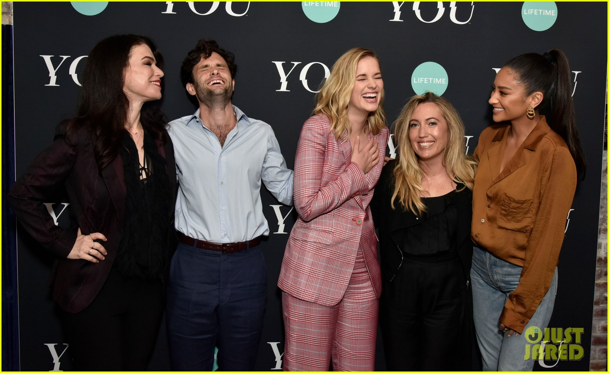 penn badgley elizabeth lail and shay mitchell look stylish at you series premiere 16