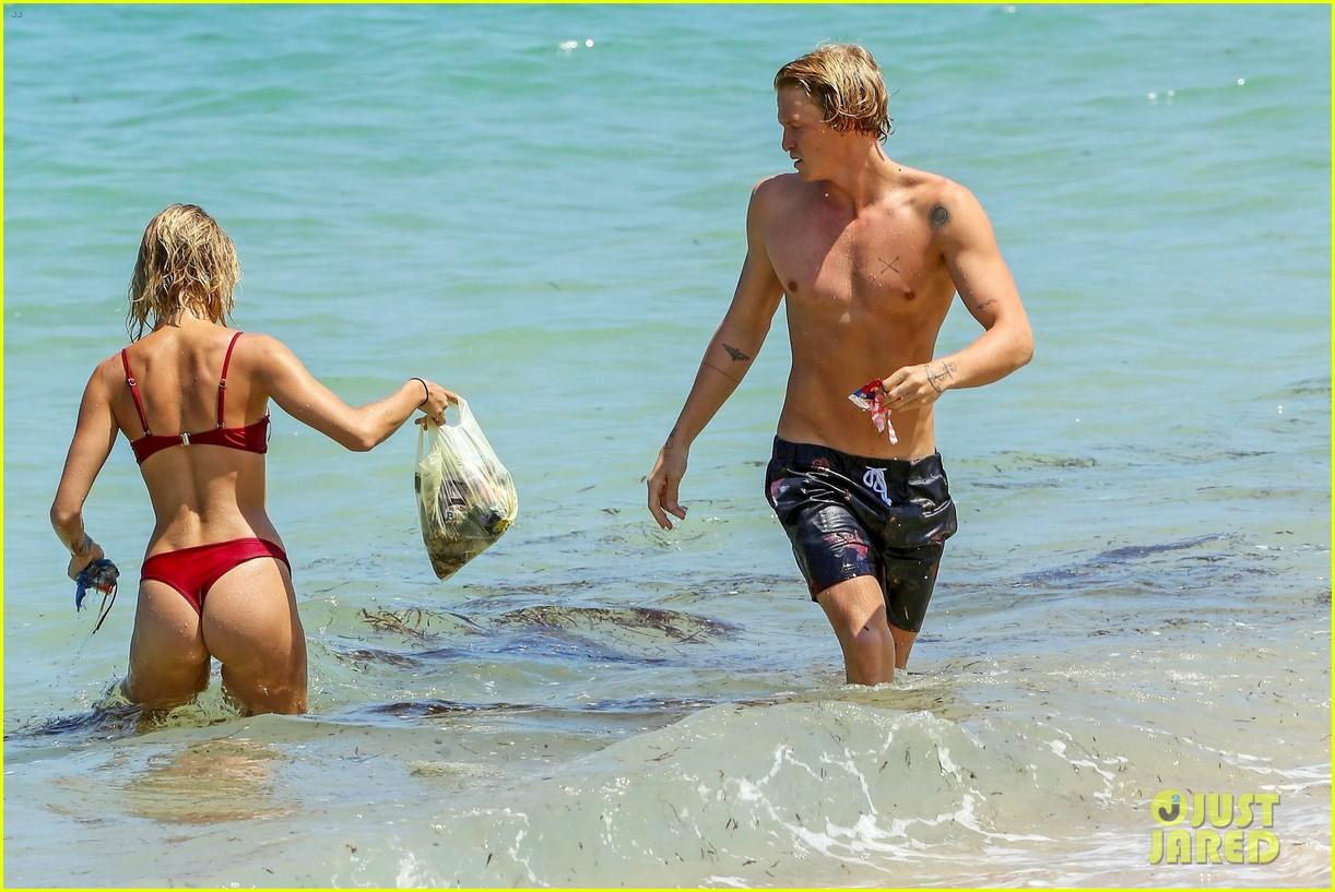 cody simpson hits the beach with girlfriend clair wuestenberg 57