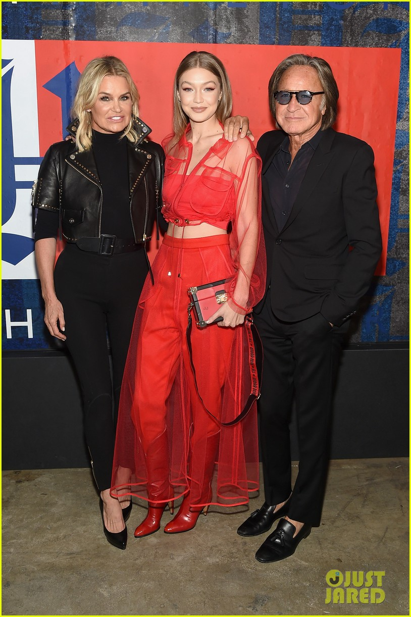 gigi hadid poses with her parents yolanda mohaned tommyxlewis launch party 01