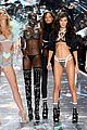 gigi hadid bella hadid victorias secret fashion show 2018 16