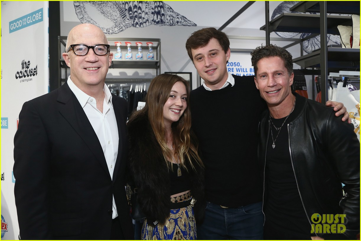 billie lourd austen rydell her dads bloomingdales century city event 01