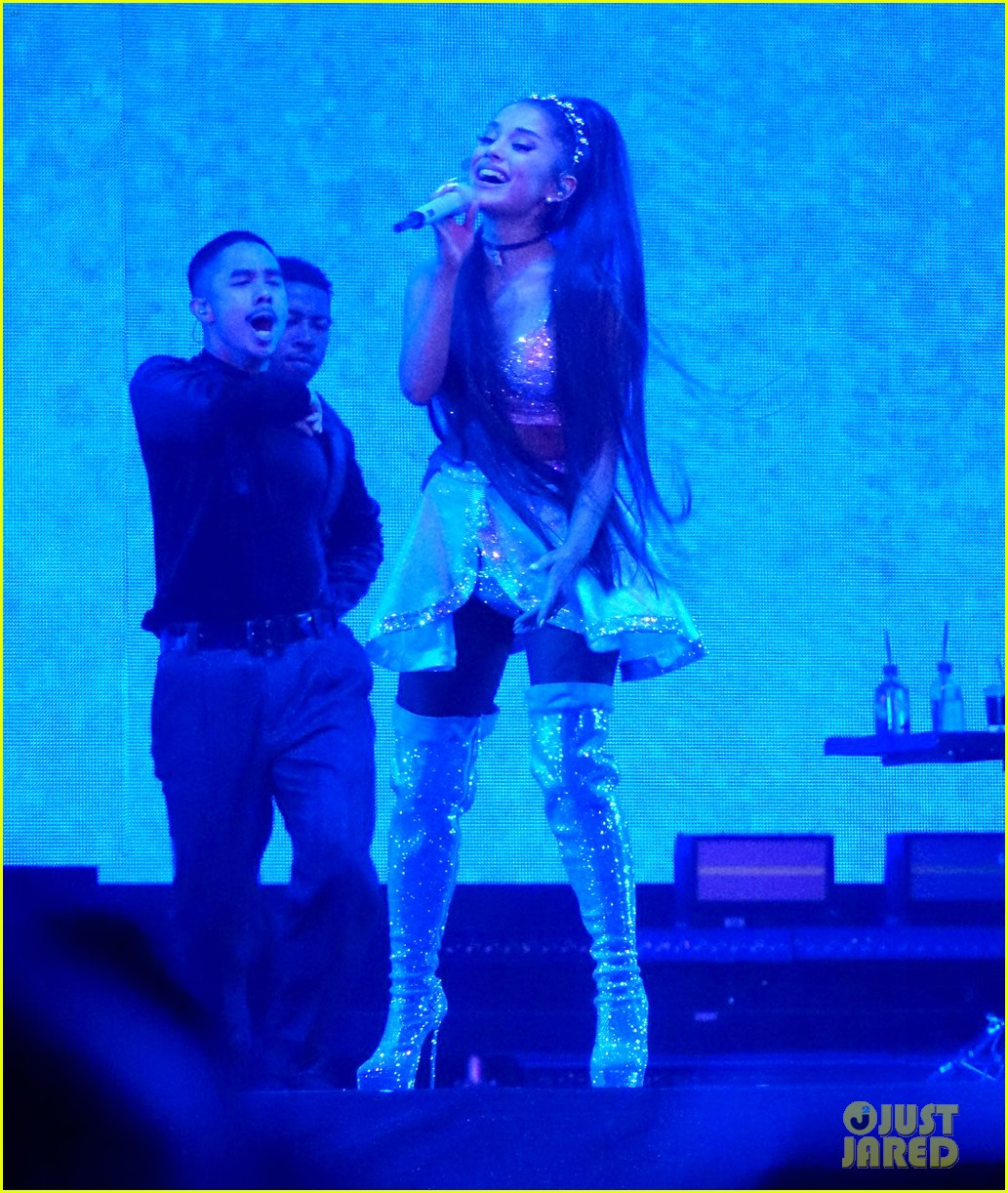 ariana grande closes out the final night of coachellas first weekend 20