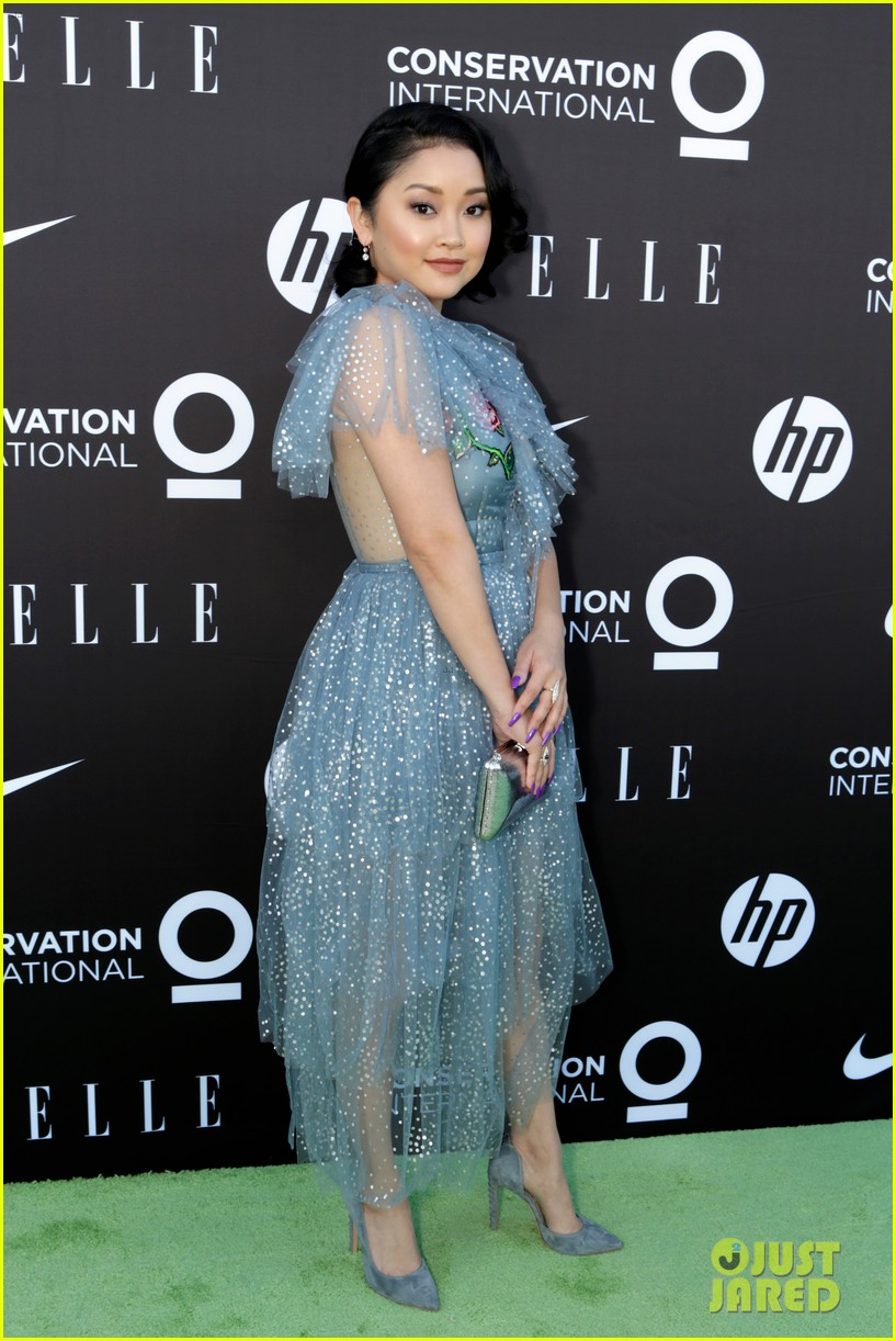 shailene woodley nikki reed lana condor women on mission at elle gala 19