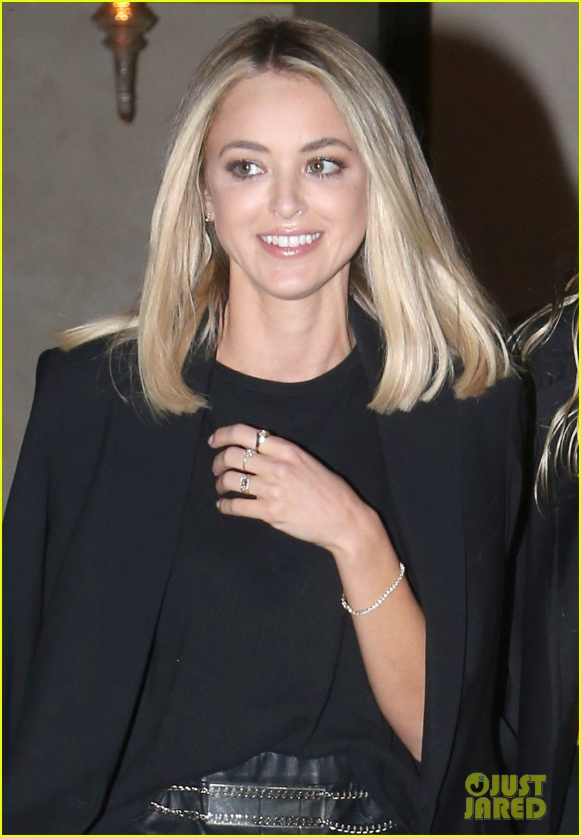 miley cyrus girlfriend kaitlynn carter couple up for dinner date 08
