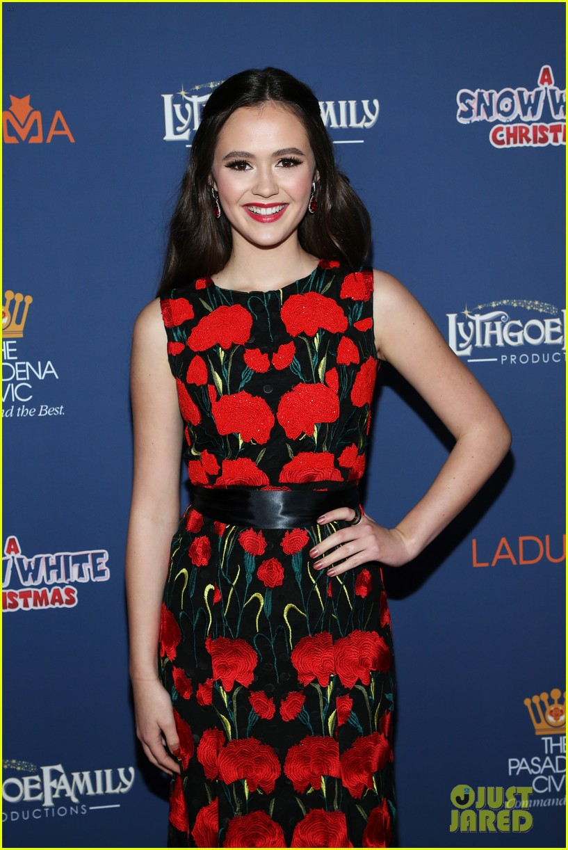 olivia sanabia michael campion garrett clayton snow white christmas opening night 12