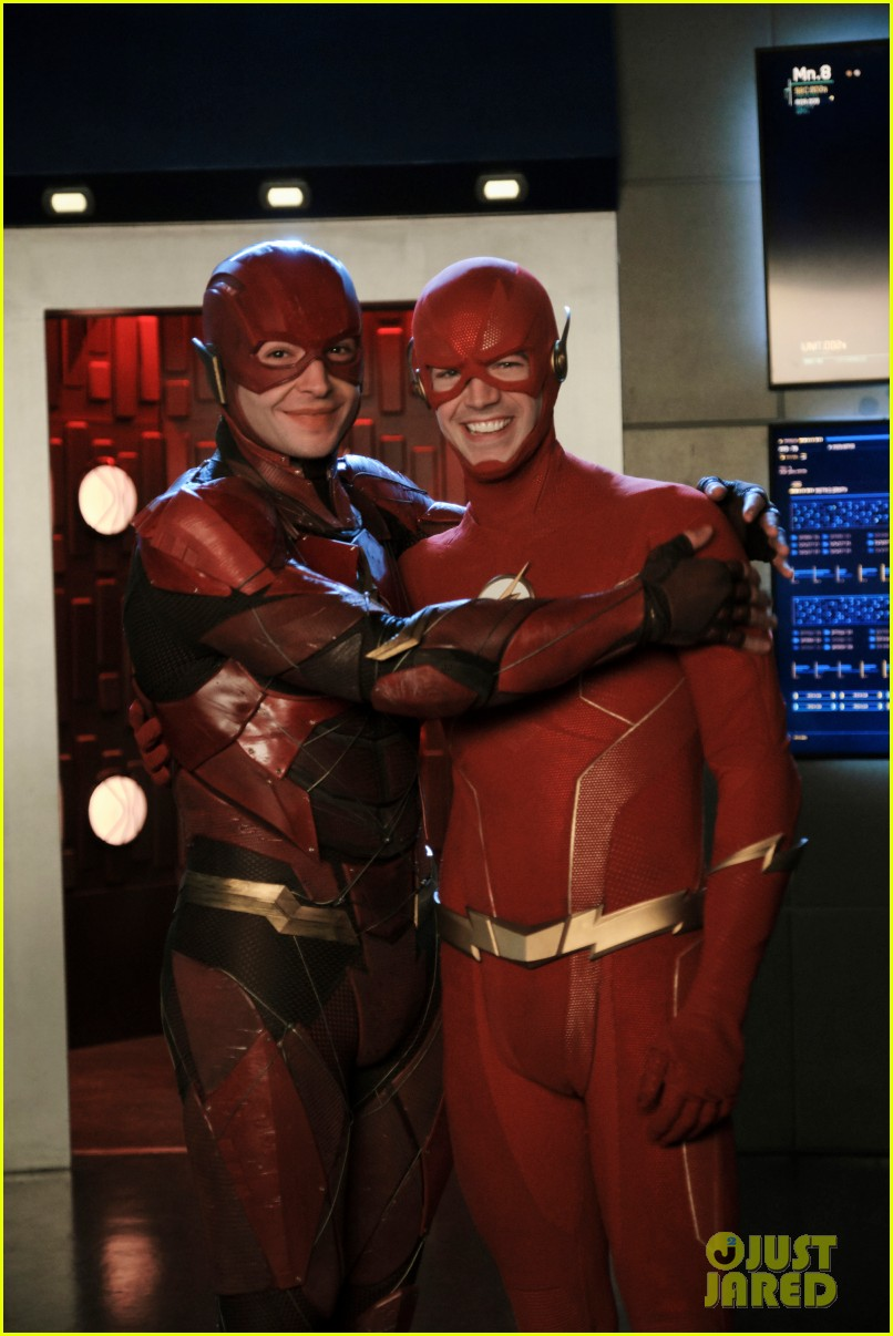 grant gustin ezra miller face to face as different flashes 02