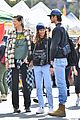zendaya jacob elordi flea market with her mom 01