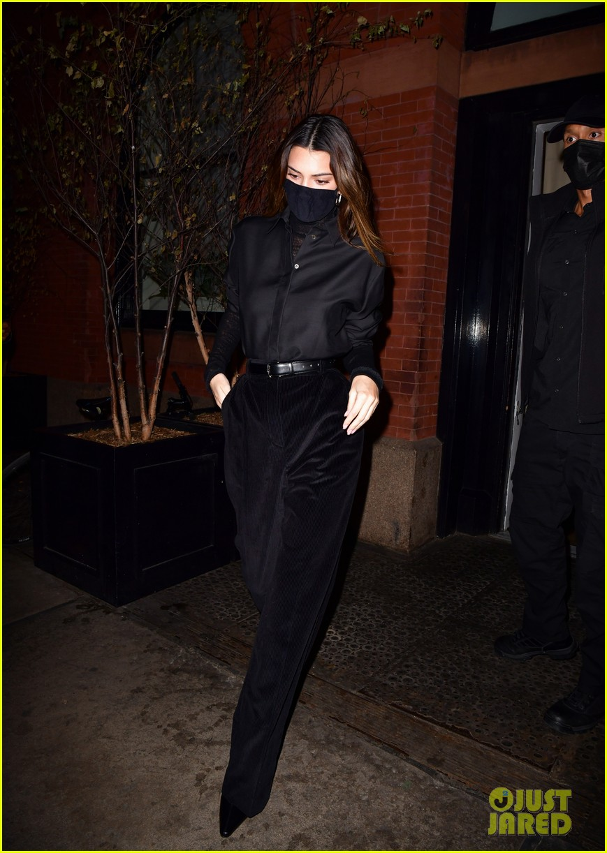 kendall jenner bella hadid out for dinner 01