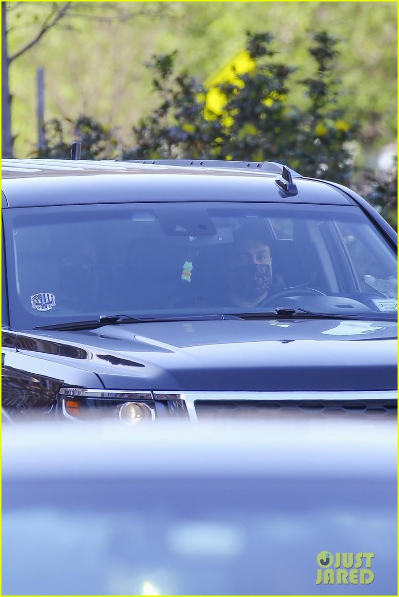 timothee chalamet runs errands lily rose depp waits in car 09