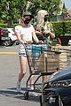 kristen stewart dylan meyer grocery shopping 01