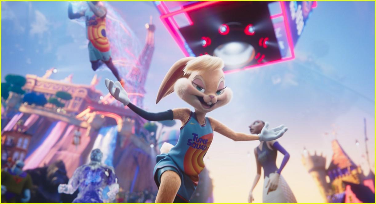 zendaya as lola bunny in space jam 01
