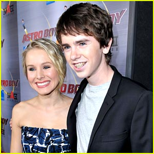 Freddie Highmore is Astro Boy