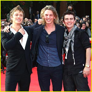 Cameron Bright & Jamie Campbell Bower Hit Rome Film Festival
