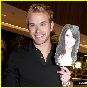 Kellan Lutz: No Ashley Greene in Boston