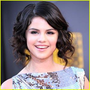 Selena Gomez Official Website on Selena Gomez  No Official Site Up Yet   Selena Gomez   Just Jared Jr
