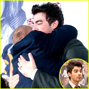 Joe Jonas is a Best Buddy