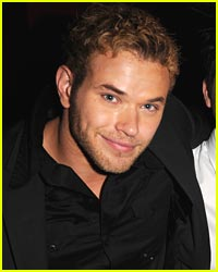 Kellan Lutz Heats Up Miami