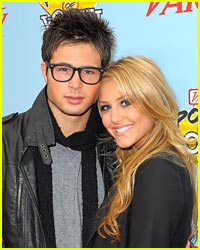 Cassie Scerbo Spills on Cody Longo