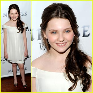 Abigail Breslin is a Miracle Worker