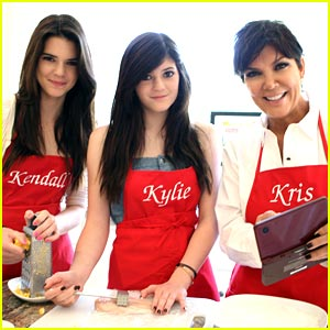 Kendall & Kylie Jenner Get Cooking with Kris