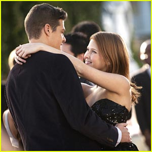 Renee Olstead &#038; Greg Finley: Wedding Date Dance