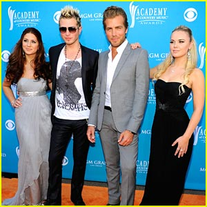 Gloriana Glam Up for the ACM Awards 2010