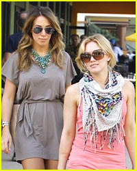 Haylie & Hilary Duff are Shopping Sisters