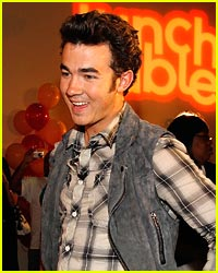 Kevin Jonas Dishes Summer Tour