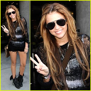 Miley Cyrus: Peace, Out!