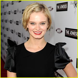 Sara Paxton Haunts Connecticut in The InnKeepers