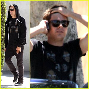 Zac Efron Battles Vanessa Hudgens at the Box Office