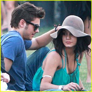 Zac Efron & Vanessa Hudgens: Coachella Couple