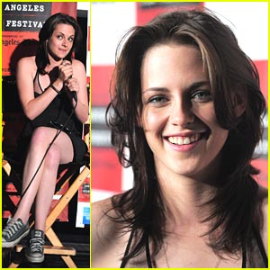 Kristen Stewart Trades Heels for Chucks at Premiere