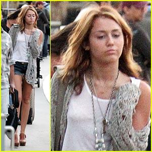 Miley Cyrus Has No Swagger