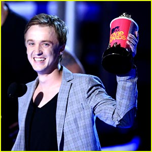Tom Felton Wins Best Villian!