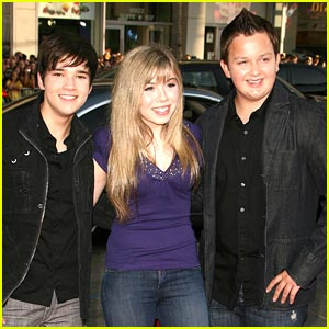 Jennette Mccurdy And Nathan Kress: Noah Munck Photos, News, And Videos