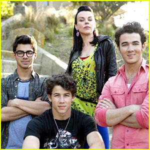 The Jonas Brothers are Mona's Men