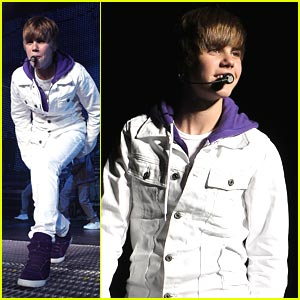 Justin Bieber Gets Teen Choice Awards Early