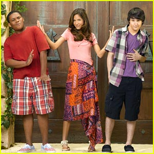 Mitchel Musso & Doc Shaw: Pair of Kings Premieres September 10th!