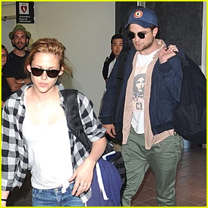 Robert Pattinson & Kristen Stewart: Back at LAX