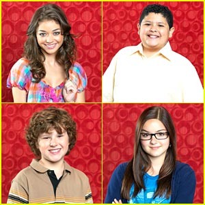 Sarah Hyland: New Modern Family Promos!