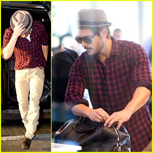 Zac Efron Departs For Deauville